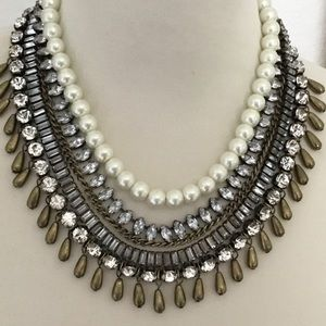 💥 Gorgeous Chico's 5 strand statement necklace